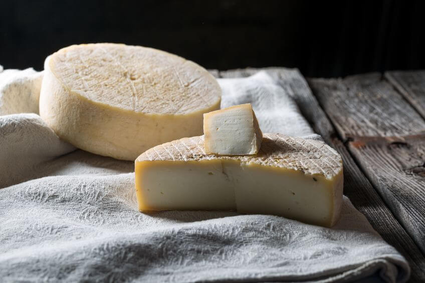 Does goat cheese have casein | Gundry MD