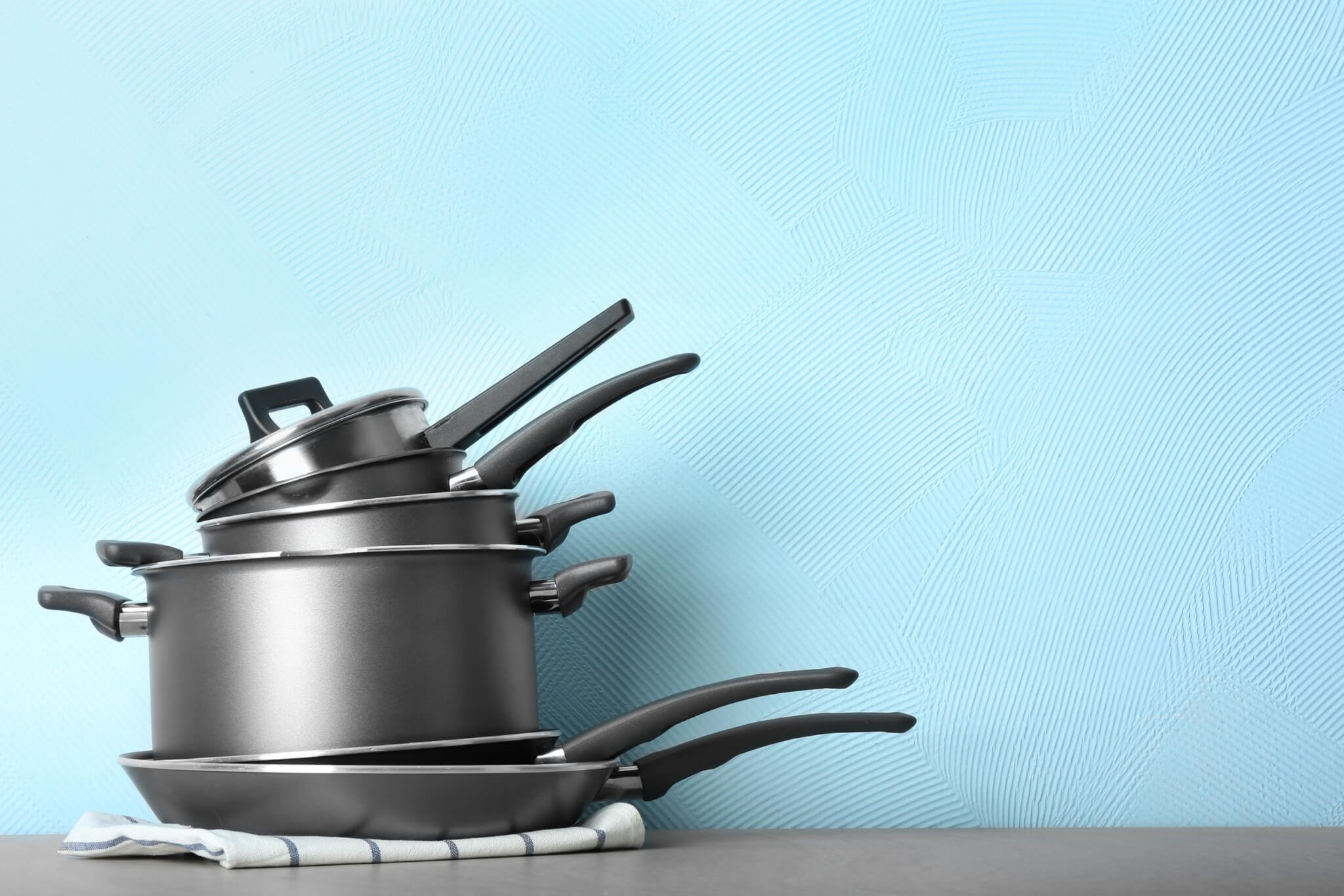 Planning to Buy Non Toxic Cookware? First Read This!