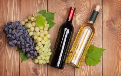 wine bottles and grapes | Gundry MD