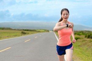 woman running | Gundry MD